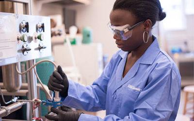 Dr. Lea Nyiranshuti's work focuses on imaging tumors using radiotracers targeting immune cells