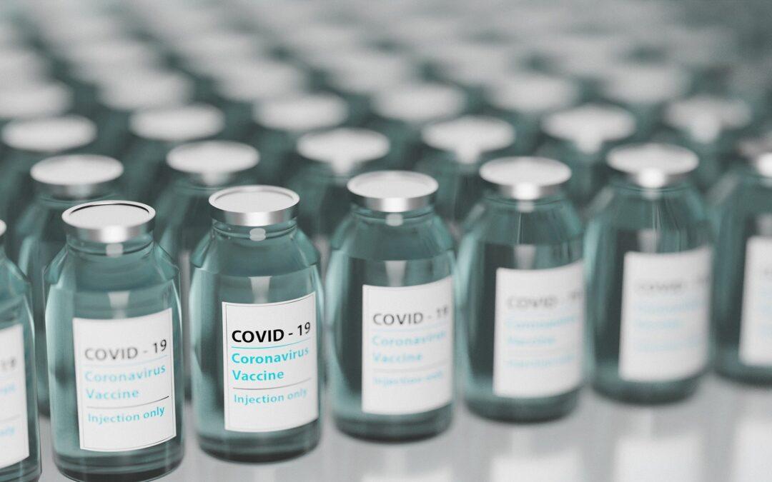 https://pixabay.com/photos/vaccine-covid-19-vials-vaccination-5895477/