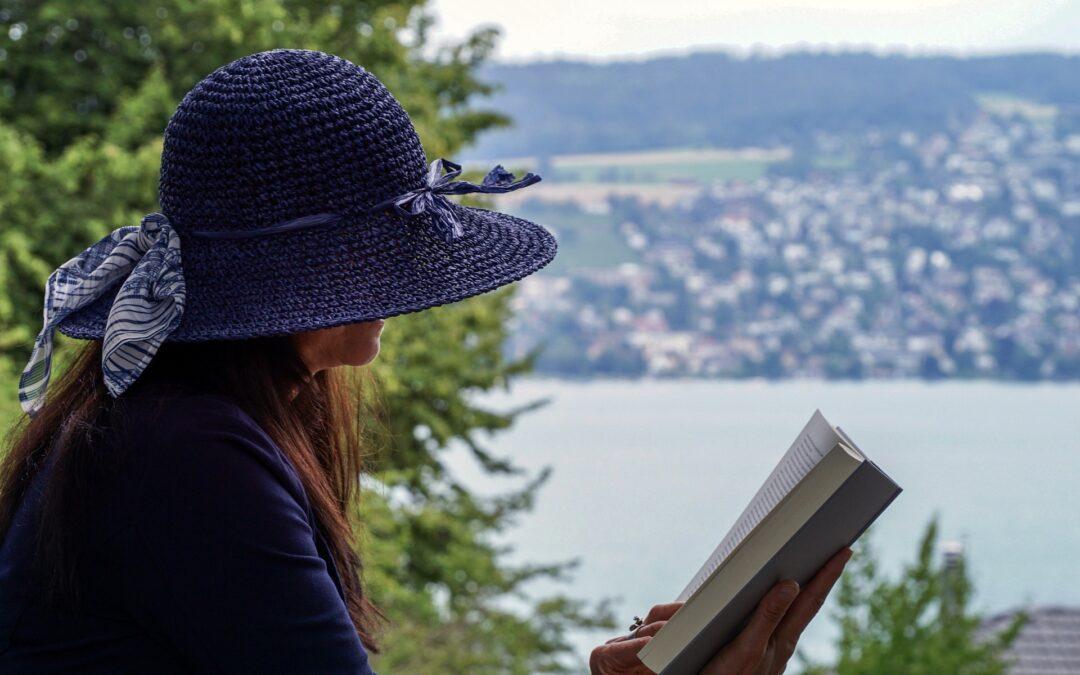 https://pixabay.com/photos/woman-read-sit-person-literature-4333420/